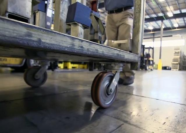Lesiones por Empujar-Jalar, Un Problema Creciente en Instalaciones de Manufactura