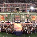 Las Rodajas de Uso Pesado Toman Parte del Festival Vaquero de Fútbol Americano