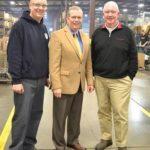 El Representante de EE.UU. Tim Walberg Visita Caster Concepts, Observa Señales De Una Economía En Mejoría