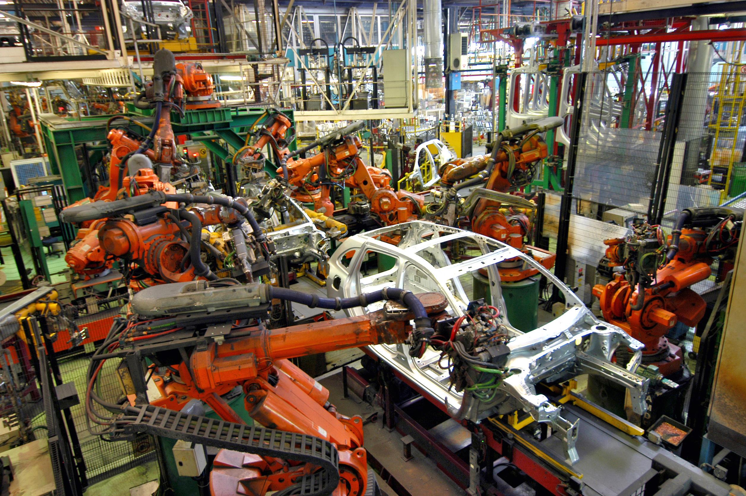 Cómo la Industria Automotriz Está Utilizando Rodajas Industriales de Uso Pesado para Mejorar la Fabricación